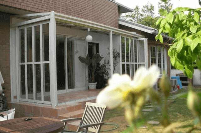 家の中に陽だまりをサンルームの魅力とは増築リフォーム価格はどれ